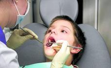 Uno de cada tres niños no acude a la revisión anual del programa dental gratuito en Álava