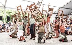 El festival de teatro de calle de Orozko acerca la última obra de Agurtzane Intxaurraga