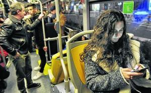 Tuvisa ensayará en verano las paradas 'anti-agresiones'