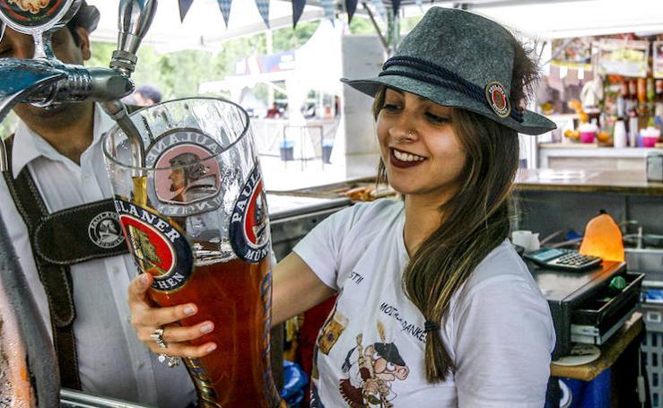 El Festival de las Naciones de Vitoria acerca al visitante sabores y ritmos de todo el mundo