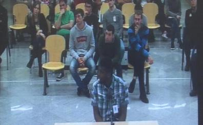 La Audiencia Nacional corrige un error y rebaja de 13 a 10 años la pena de un acusado de Alsasua