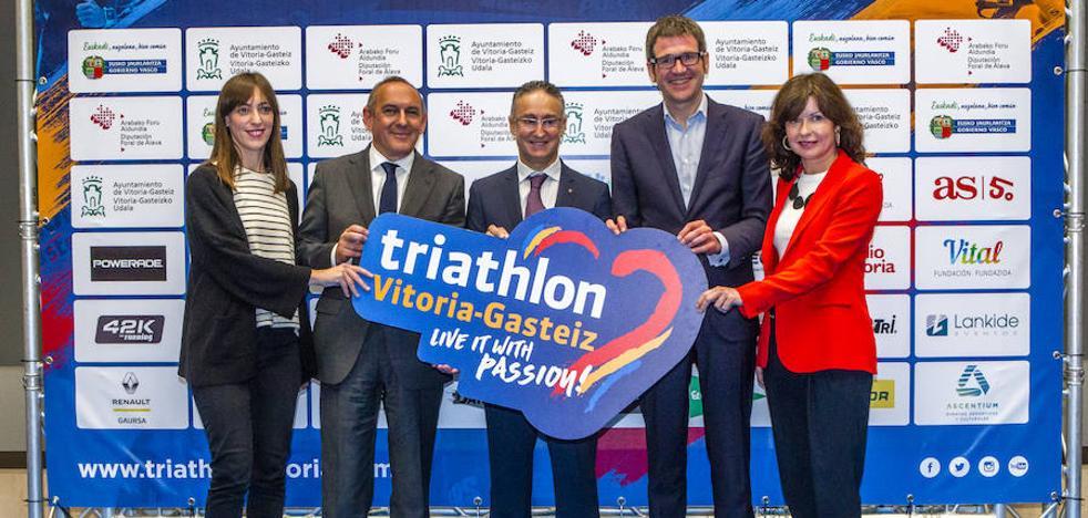 El Triathlon Vitoria logra una participación récord de 2.598 deportistas