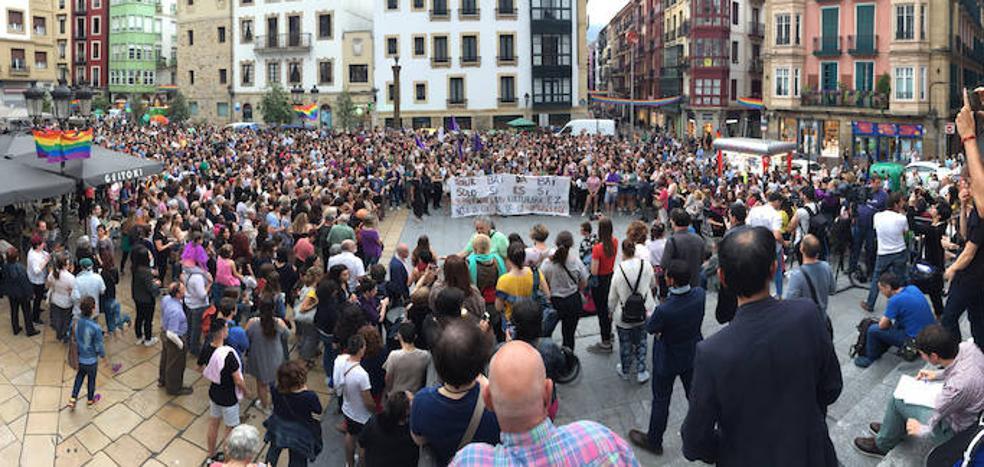 Protestas en las calles por el auto que pone en libertad a 'La Manada'