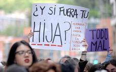 Colectivos feministas convocan una protesta esta tarde en Pamplona por la puesta en libertad de 'La Manada'
