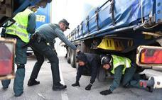 142 polizones llegaron a Gran Bretaña a través del ferry de Zierbena el año pasado