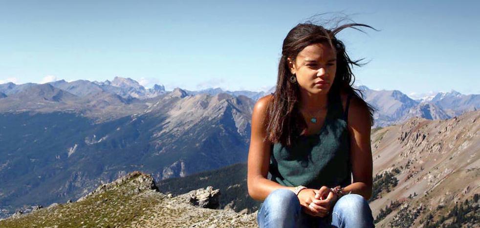 Dos semanas detenida por atravesar la frontera entre EEUU y Canadá