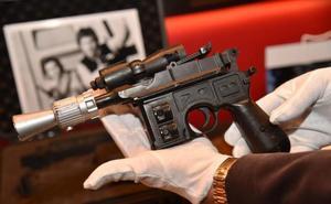 Pagan casi medio millón de euros por la pistola láser de Han Solo en 'El retorno del Jedi'