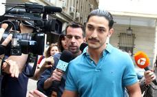El juzgado, primera salida pública de La Manada tras quedar en libertad
