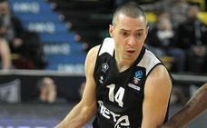 El baloncesto vasco reconoce la trayectoria de Javi Salgado
