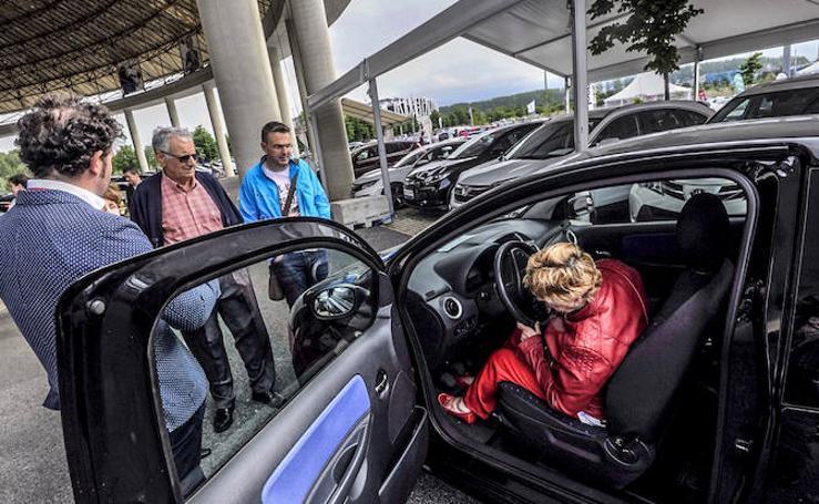 La IV Feria del Vehículo de Ocasión de Vitoria cuenta con 450 coches a precios para todos los bolsillos