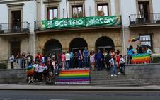 Los 'sampedros' de Sestao se visten con la bandera arco iris