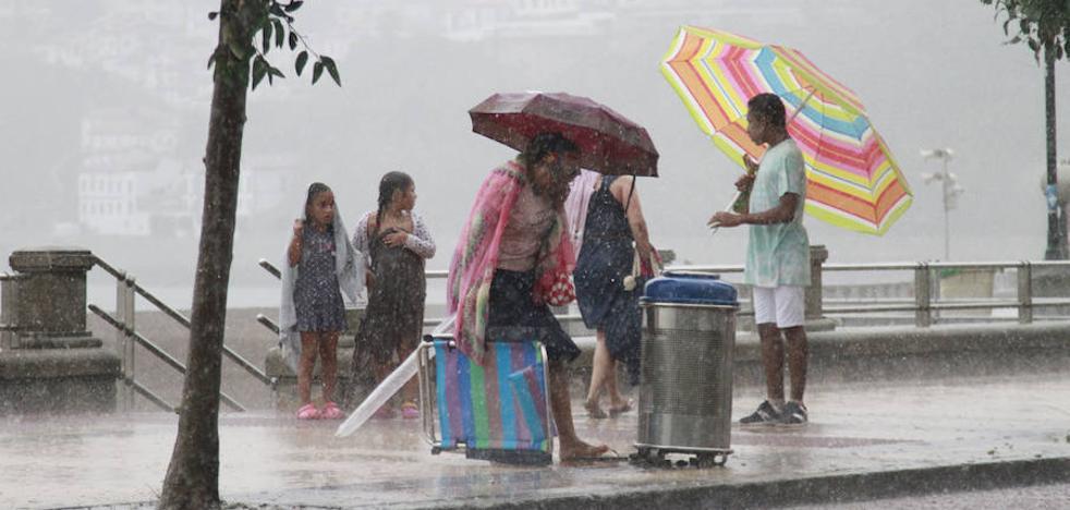 Euskadi activa esta tarde la alerta naranja por lluvias intensas, fuerte viento y granizo