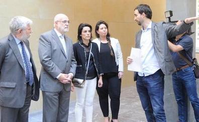 Loza ficha como asesora a Marta Buesa