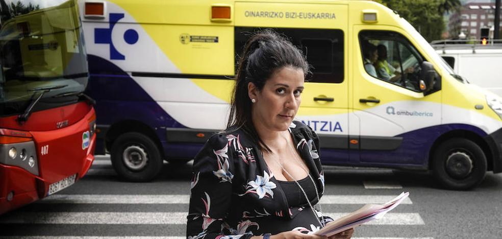 «Esperé 9 horas a que una ambulancia trasladara a mi padre, enfermo terminal»