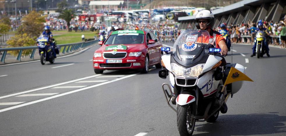 El mal estado de las motos de la Ertzaintza condiciona su despliegue en la Vuelta a España