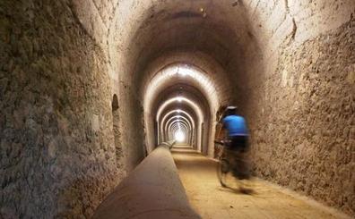 La Diputación restaurará el túnel de Leorza-Cicujano, en la Vía Verde del Vasco Navarro