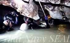 Muere un buzo en el rescate de los niños atrapados en una cueva de Tailandia