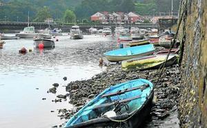 Plentzia reclama al Gobierno vasco que acabe con el caos de barcos amarrados en la ría