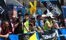 Vitoria se echa a la calle para apoyar a los triatletas