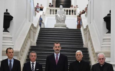El Rey exhorta a la Universidad a ser «faro y guía» de la sociedad
