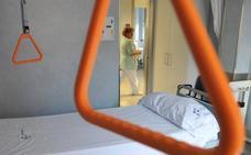 Osakidetza cierra más de mil camas de hospital en verano para «adecuarse» a la demanda
