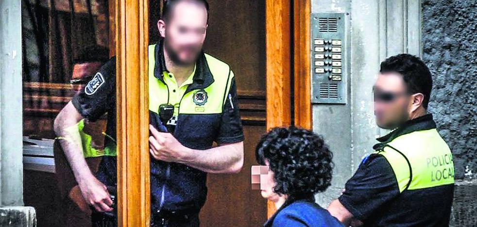 Alarma en Vitoria. «¡Policía, unos ladrones están entrando en casa!»