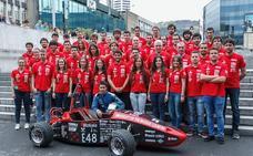 EHUko Bizkaia Student Formula auto berria Silverstonen lehiatzen ari da