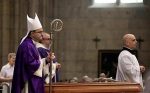 Munilla: «El legado de Setién es el de avivar nuestra vocación evangelizadora»