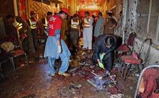 Al menos 12 muertos y decenas de heridos en un atentado en Pakistán