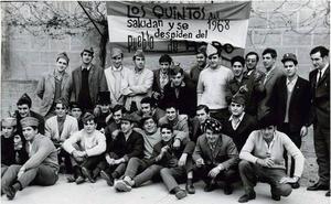 Los 'quintos' del 68 se adueñan este sábado de las calles a ritmo de charanga