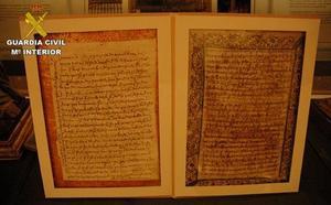 La Guardia Civil recupera dos cartas manuscritas autógrafas de Santa Teresa de Jesús