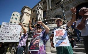 El Gobierno se da de plazo cinco años para acabar con el déficit sin bajar las pensiones