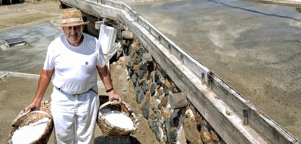 7.000 años de oficio en el Valle Salado