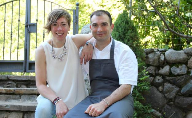Ainhoa y David, responsables del restaurante oscense./