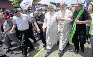 La Iglesia nicaragüense convierte los templos en hospitales