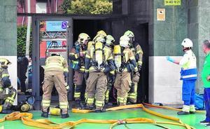 Un vecino de Romo de 73 años fallece en el incendio de un garaje en Leioa