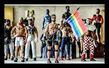 Los 'action gays' de Koldo Logan