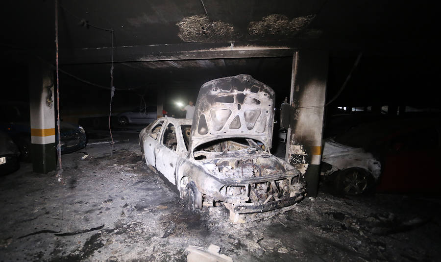Retiran los coches del garaje incendiado en Leioa donde falleció un hombre