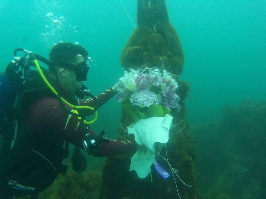 La Cruz Roja agasaja a su 'Amatxu' en las profundidades de Gaztelugatxe