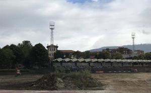 Barakaldo renueva el campo de fútbol y la pista de atletismo de la ciudad deportivo de San Vicente