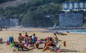 La Diputación monitoriza seis playas para predecir con tres días de antelación el comportamiento de las corrientes