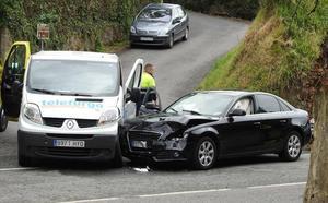 Dos heridos tras chocar un coche y una furgoneta en Gorliz