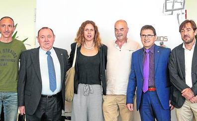Los galardones Iñaki Goenaga se otorgaron a la 'Uni' y a Teknimap