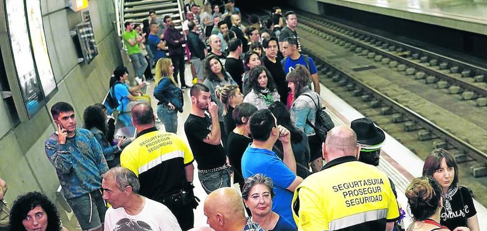 Una noche de verano en el metro de Bilbao