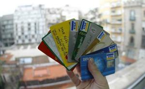 Condenado a 3 años y 9 meses por falsear tarjetas de crédito con las que adquiría billetes de avión que luego revendía