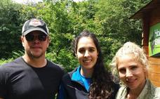 Matt Damon y Elsa Pataky lo pasan en grande en Otxandio