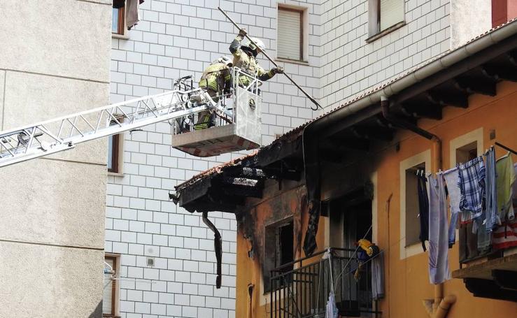 Desalojado un edificio en Santurtzi por un incendio