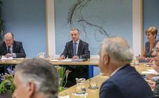 El Gobierno vasco se reúne con la patronal en un ambiente de optimismo por la situación de la economía