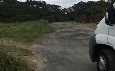 Barrika estudia cómo reparar el acceso al barrio de Larrauri