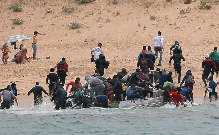 Unos 700 inmigrantes rescatados en las costas españolas de decenas de pateras